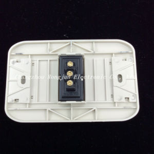 6A/250V 10A/125V ABS Copper Material 2way/3way Wall Switch (G801) pictures & photos