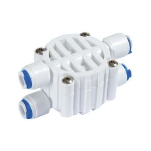 4 Ways Connector Fitting&Four Way Shut off Valve pictures & photos
