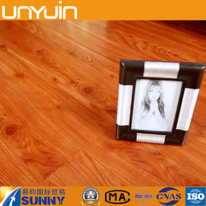 Luxury Indoor Wood Grain Peel and Stick PVC Vinyl Floor Tile pictures & photos