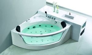 (K1243) Freestanding Acrylic Bathtubs / Massage Whirlpool Bathtubs pictures & photos