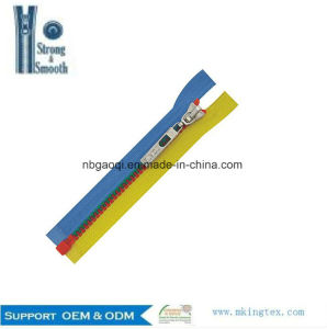 Custom Colorful Open End Cheap Plastic Zipper for Clothes Bags pictures & photos