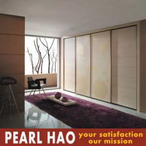 Modern High Gloss Lacquer Sliding Door Bedroom Wardrobe pictures & photos