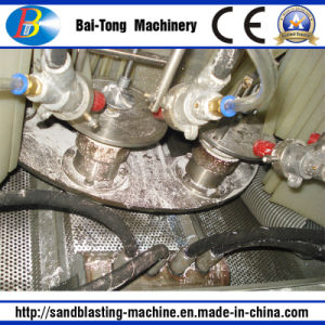 Turntable Type Automatic Wet Sandblasting Machine Sandblaster pictures & photos