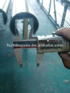 304, 316 Welded Stainless Steel Round Slotted Tube pictures & photos