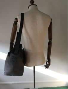 Customized High Quality Washed Canvas Diaper Bag with Leather Straps pictures & photos