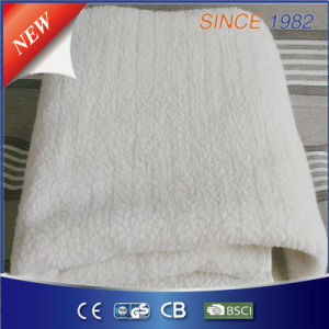 Ce/GS/BSCI Approved Synthetic Wool Fleece Heated Blanket with Four Heat Setting pictures & photos