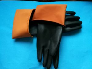 Hotsale Longer Black and Orange Industrial Latex Gloves pictures & photos
