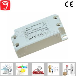 6-12W Wide Voltage/Isolated External Panel Light LED Driver with Ce QS1163 pictures & photos