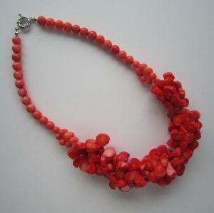 2015 Latest Coral Necklace, Charm Necklace for Woman pictures & photos
