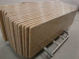 China Granite Rusty Yellow G682 Granite Slab, Tiles, Countertops, Building Material pictures & photos