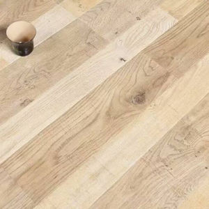 Offer Customized 8.3mm Laminate Flooring pictures & photos