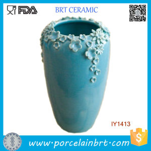 Sightly Decorated with Little Blue Flowers Ceramic Decoration Vase pictures & photos