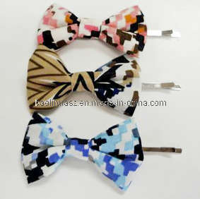 Printed Fabric Bow Tie Hair Pin Hair Clips pictures & photos