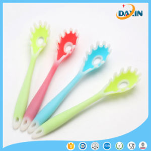 Wholesales Customized High Quality Silicone Baby Spoon pictures & photos