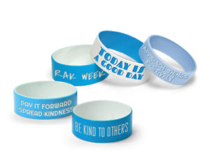 Personalized Promotional Logo Embossed One Inch Wide Silicone Bracelet pictures & photos