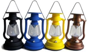 Solar Retro Camping Lantern Lamp with Kerosene Lamp Design From ISO9001 Factory pictures & photos