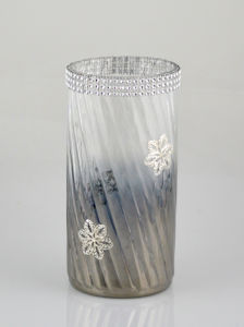 Glass Vase with Beautiful Applique pictures & photos