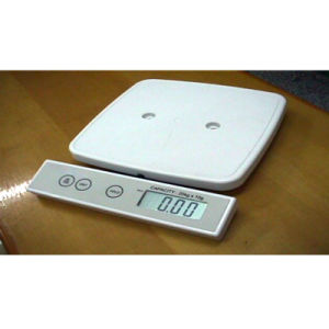 Electronic Baby&Mother Care Weighing Scale with Large Tray pictures & photos