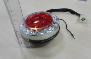 Tail/Stop/Turn Signal Reflector Lamp Lt-117 pictures & photos