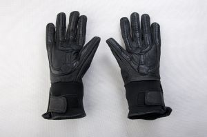 Best Selling Army Security Equipment Tactical Gloves with Soft Leather pictures & photos