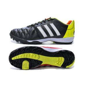 Black Football Shoe Male for Athlete Outdoor Fashion Sport Shoe with Shoe Spike pictures & photos