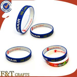 Cheap Custom Hand Debossed Slap Silicon Wristband pictures & photos