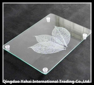 4mm Clear Tempered Glass Cutting Board with Plastic Feet pictures & photos