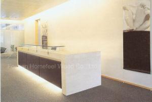 Elegant High Gloss White Color Reception Desk (HF-E405) pictures & photos