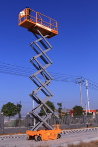 China Cheap Price Mobile Scissor Lift pictures & photos
