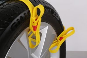TPU Material Quick Mounting 3minuets Snow Anti-Skid Chain Wheel Chains for Emergency pictures & photos