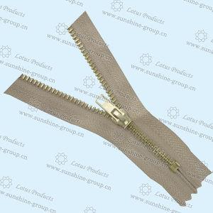 Nylon Zipper Zipper with Slider pictures & photos