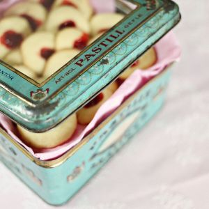 Cookies Tin Packing Box pictures & photos