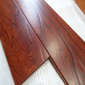 Eco-Friendly Handscraped Elm Engineered Hardwood Flooring