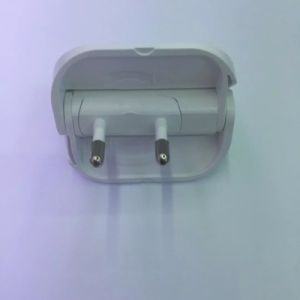 White Color Rotatable EU Plug 5V 1A USB Wall Charger pictures & photos