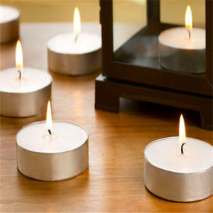 Paraffin Wax Candle Tealight Candle for Christmas Decorative pictures & photos