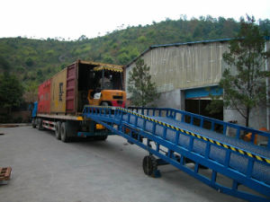 Ramps /Ramp/Hydraulic Yard Ramp / Mobile Yard Ramp pictures & photos