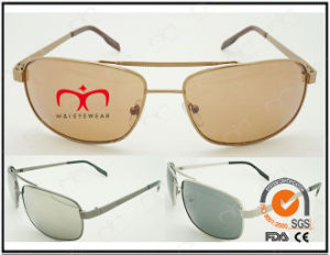 Classic Fashionable Hot Selling UV400 Protection Metal Sunglasses (40417) pictures & photos