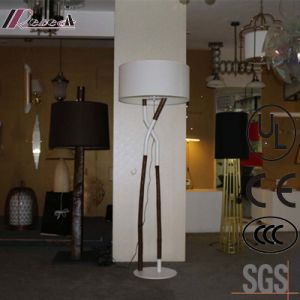 Antique Hotel Decorative Wooden Large Standing Floor Lamp pictures & photos