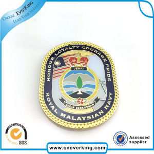 Silver Enamel Zinc Alloy Metal Lapel Pin pictures & photos