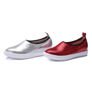 Hand Made Genuine Leather Round Toe Flat Leisure and Comfort Women′s Shoes