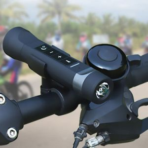 Waterproof Multifunction Bluetooth LED Flashlight Bike Outdoor Speaker with Mic Music Torch MP3 Speaker Mobile Power Charger pictures & photos