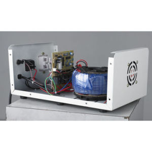 1500va Wall-Mounted Type Automatic Voltage Regulator pictures & photos
