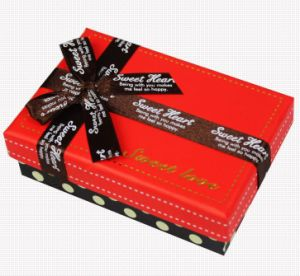 Custom Chocolate Cardboard Paper Gift Box with Ribbon pictures & photos