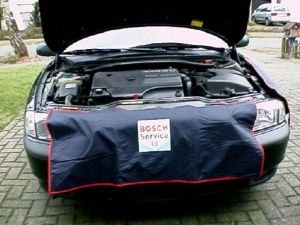 Custom Car Side Fender Dust Cover for Car Maintenance pictures & photos