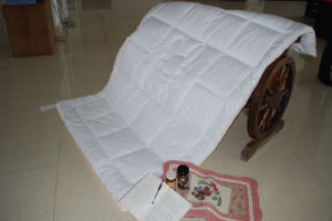 Quiltting Thin Rabbit Hair Quilt pictures & photos
