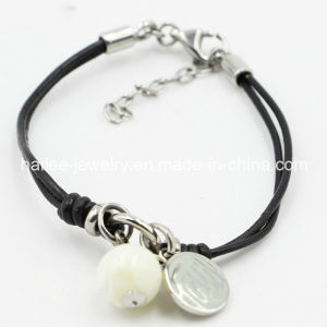 Fashion Stainless Steel Leather Bracelet Jewelry with Charm Pendant pictures & photos