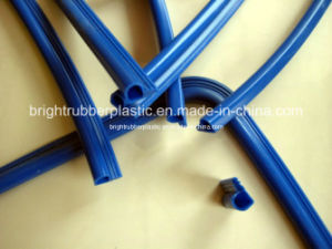 Customed Rubber Extrusion Strip for Car Window pictures & photos