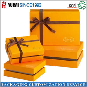 2017 Hot Sales Gold Paper Gift Box with Ribbon pictures & photos