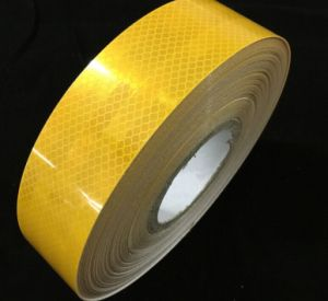Adhesive Reflective Tape Honeycomb Reflective Marks for Truck Vehicle Warning pictures & photos