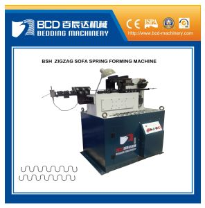 Zigzag Spring Auto Cutting and Curving Machine pictures & photos